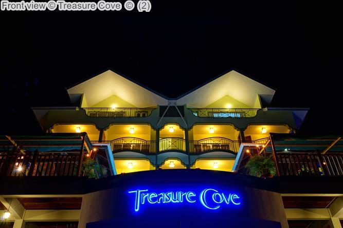 Front view Treasure Cove