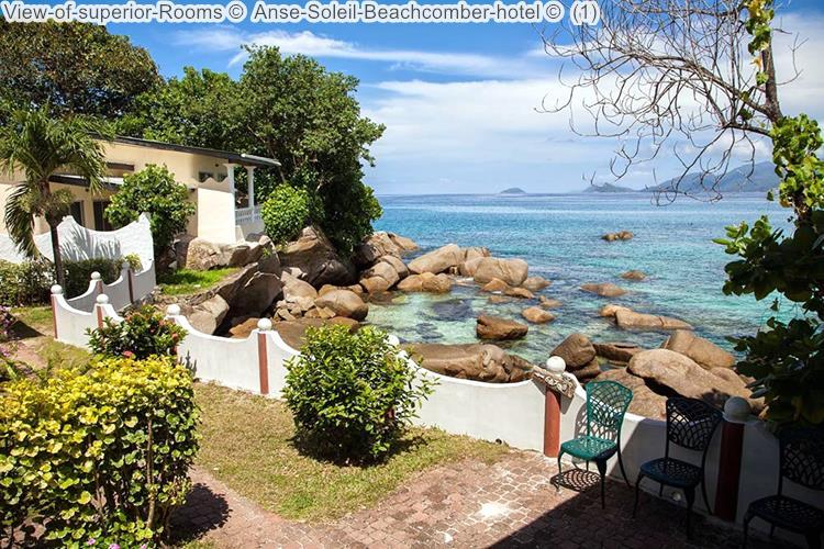 gezicht op de superiorkamer Anse Soleil Beachcomber hotel Mahé Seychellen