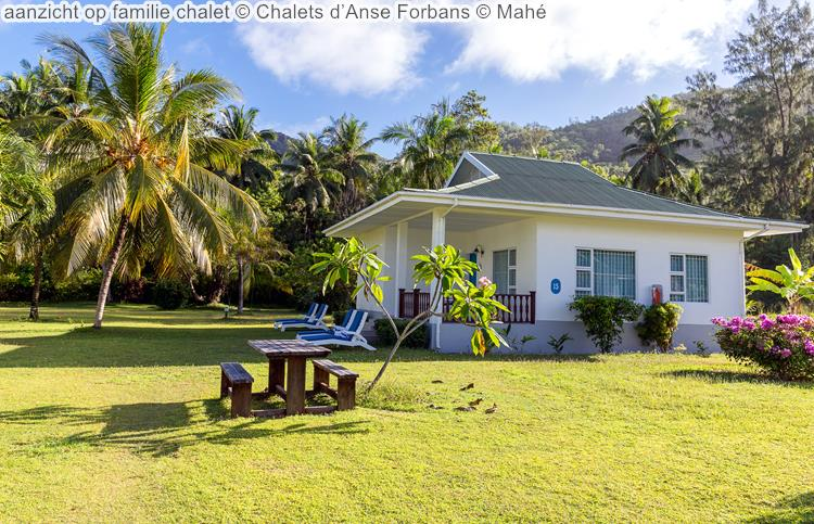 aanzicht op familie chalet Chalets d'Anse Forbans Mahé