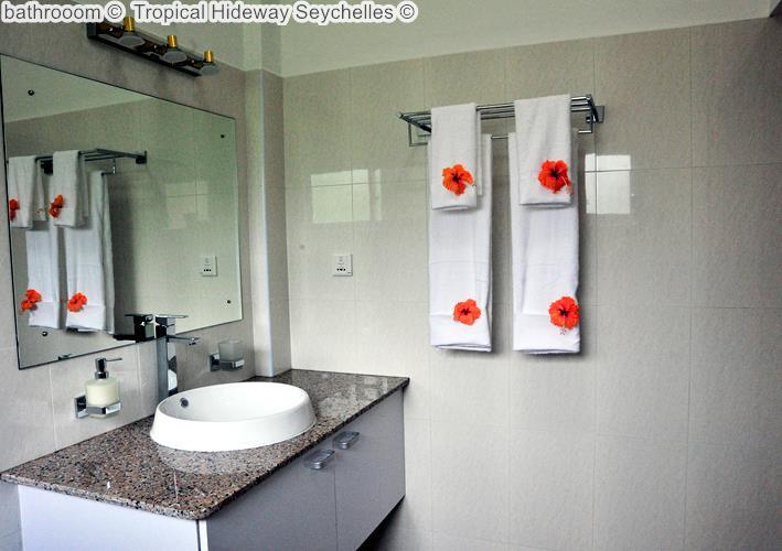 bathrooom Tropical Hideway Seychelles