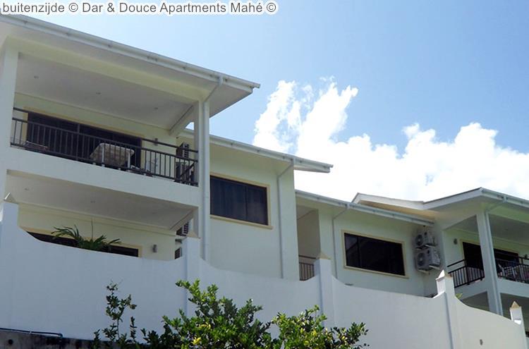buitenzijde Dar & Douce Apartments Mahé
