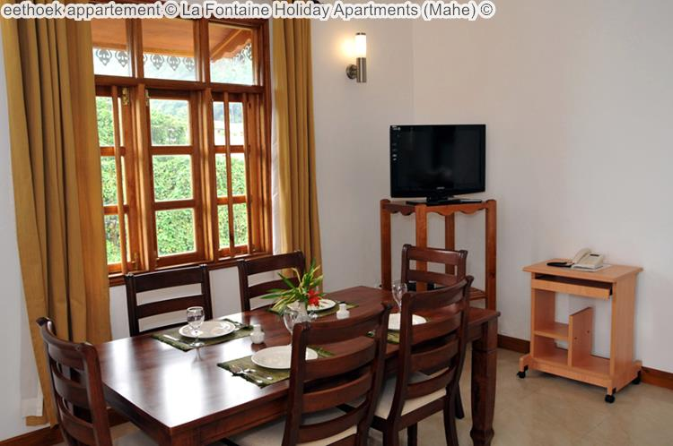 eethoek appartement La Fontaine Holiday Apartments Mahe