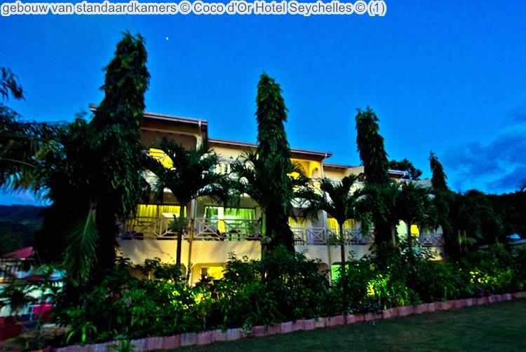 gebouw standaardkamers Coco d'Or Hotel Seychellen