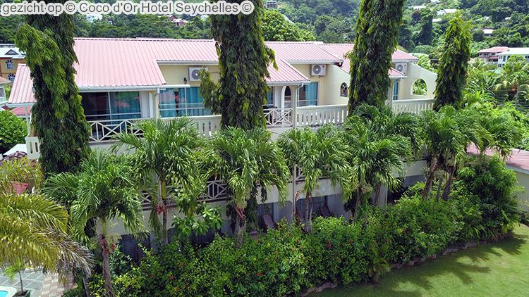 gezicht op Coco d'Or Hotel Seychellen