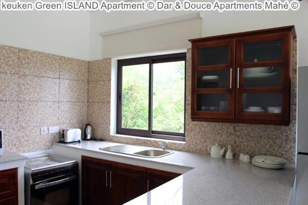 keuken Green ISLAND Apartment Dar & Douce Apartments Mahé