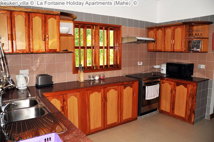 keuken villa La Fontaine Holiday Apartments Mahe