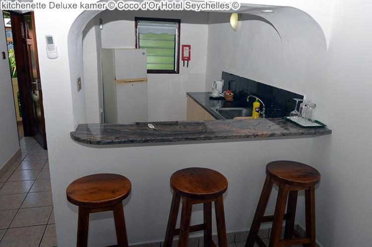 kitchenette deluxe kamer Coco d'Or Hotel Seychellen