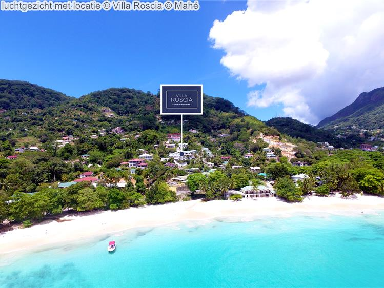luchtgezicht met locatie Villa Roscia Mahé