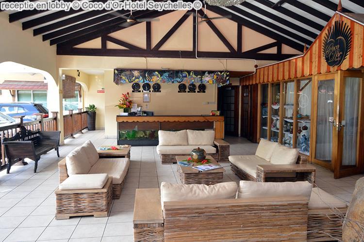 receptie en lobby Coco d'Or Hotel Seychellen