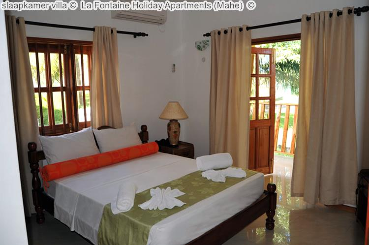 slaapkamer villa La Fontaine Holiday Apartments Mahe