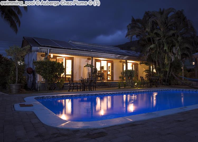 swimming pool Auberge Chez Plume