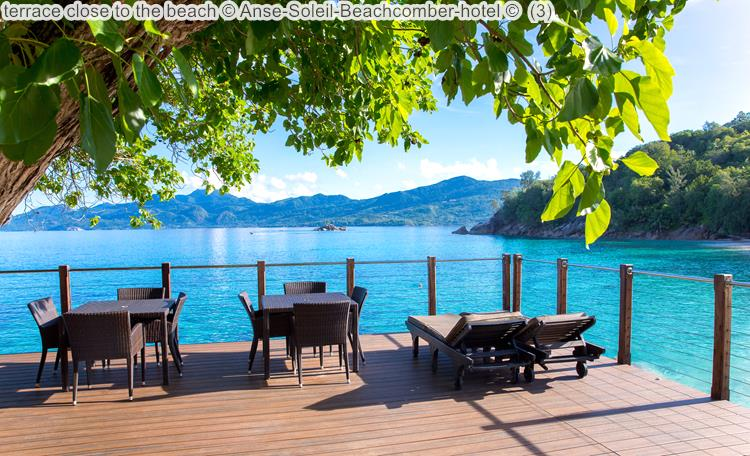 terras dichtbij het strand van Anse Soleil vanaf Anse Soleil Beachcomber Mahé Seychellen