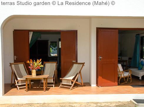 terras Studio garden La Residence Mahé