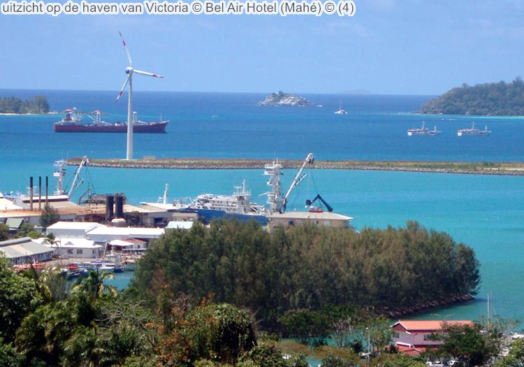 uitzicht op de haven van Victoria Bel Air Hotel Mahé