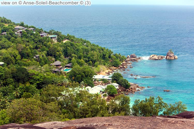 gezicht op Anse Soleil Beachcomber Mahé Seychellen