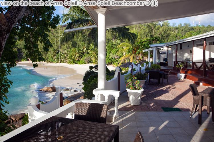 gezicht op het strand Anse Soleil Anse Soleil Beachcomber Mahé Seychellen