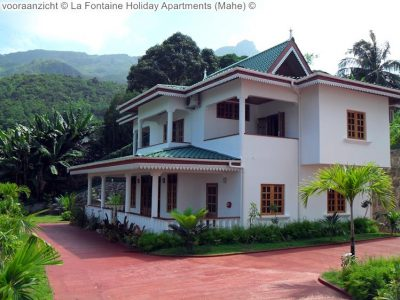 vooraanzicht La Fontaine Holiday Apartments Mahe