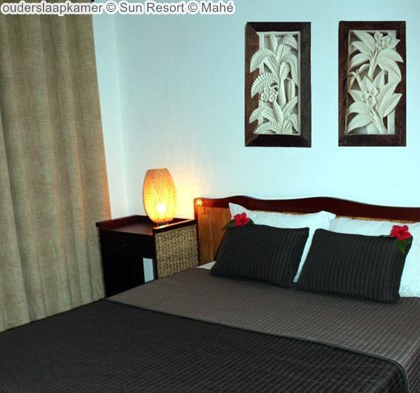 ouderslaapkamer Sun Resort Mahé