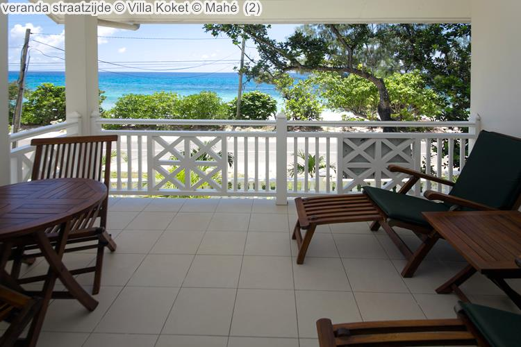 veranda straatzijde Villa Koket Mahé
