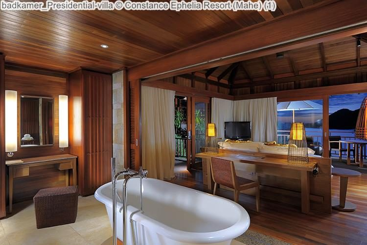 badkamer Presidential villa Constance Ephelia Resort Mahe