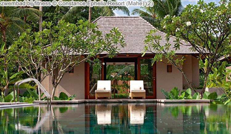 zwembad bij fitness Constance Ephelia Resort Mahe