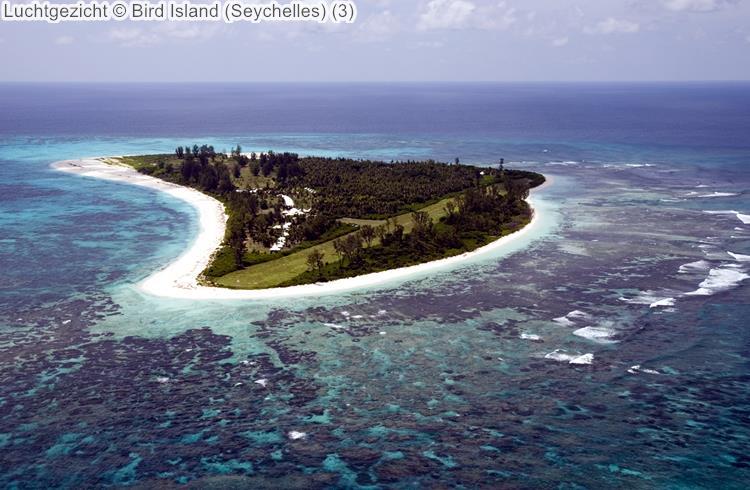 Luchtgezicht Bird Island Seychelles