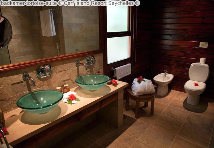 badkamer tortoise suite Cerf Island Resort Seychelles