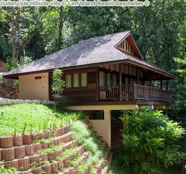 buitenzijde Hillside villa Cerf Island Resort Seychelles