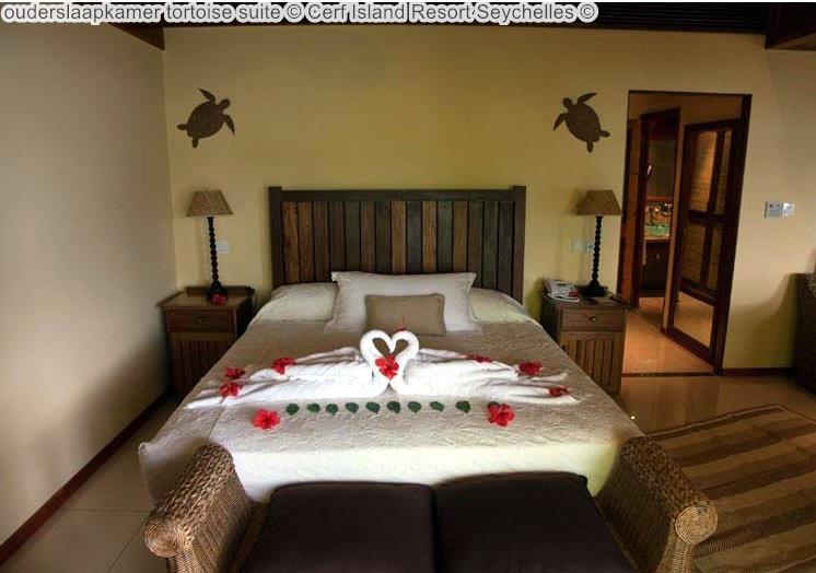 ouderslaapkamer tortoise suite Cerf Island Resort Seychelles