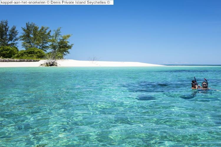 koppel aan het snorkelen Denis Private Island Seychelles