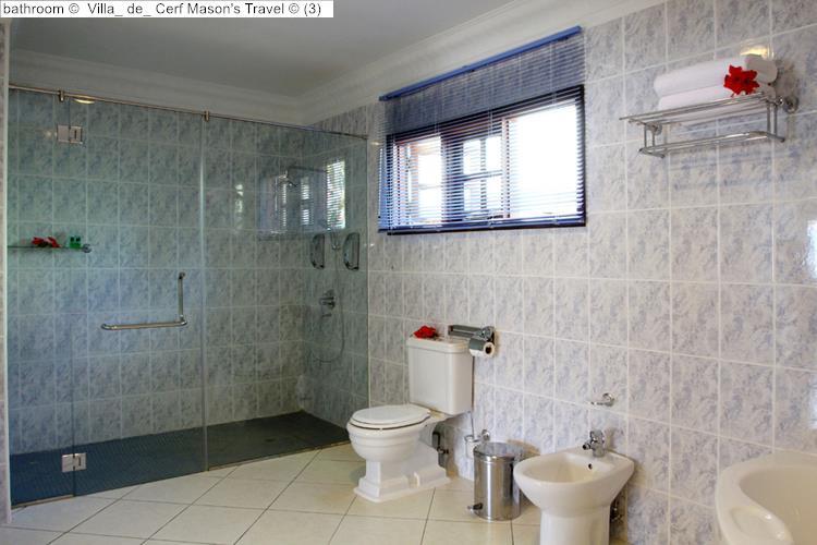 bathroom Villa de Cerf Mason's Travel