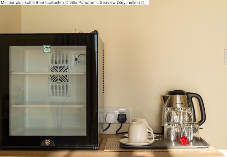 Minibar plus koffie thee faciliteiten Villa Panoramic Seaview Seychelles